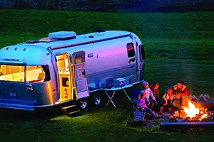 Airstream 2 Go - luxury SUV & Airstream rental :: An American icon since 1931, Airstream trailers are the hallmark of excellence. Enjoy week-long custom built itineraries taking you to the nation's most beautiful areas.