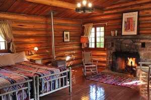 Diamond J Ranch - vacation rental homes :: Discover the jewel of the Diamond J, off the beaten path, yet close to area attractions. Offering horse riding, swimming, tennis, hiking, private fishing and B&B Cabins.