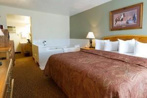 Three Bear Lodge - nice motel rooms