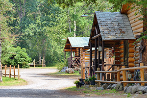 East Yellowstone Lodges & Cabins