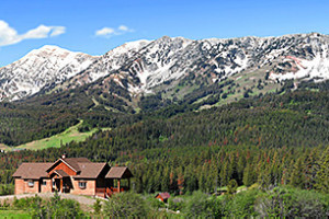 Bridger Vista Lodge - luxury lodging for 10